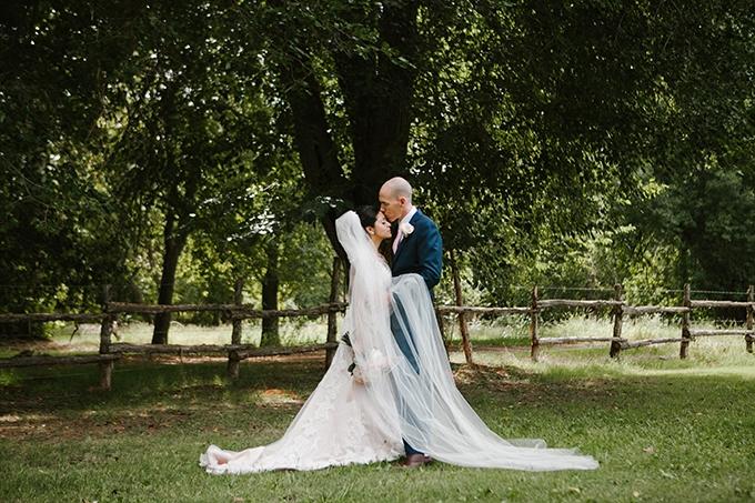 intimate lodge wedding | Jay & Jess Photography | Glamour & Grace-18