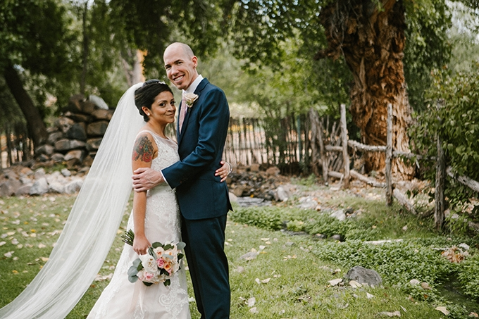 intimate lodge wedding | Jay & Jess Photography | Glamour & Grace-20