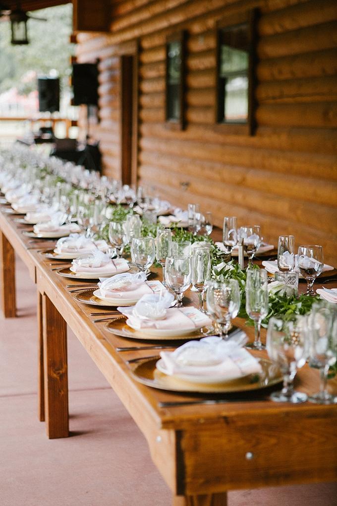 intimate lodge wedding | Jay & Jess Photography | Glamour & Grace-24