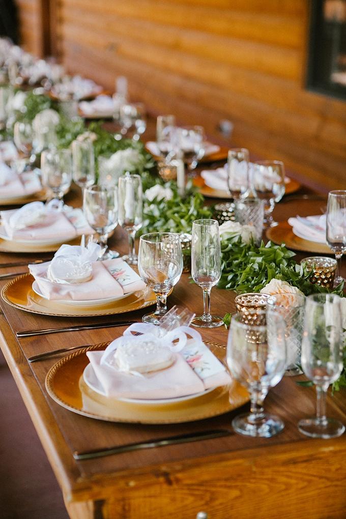 intimate lodge wedding | Jay & Jess Photography | Glamour & Grace-27