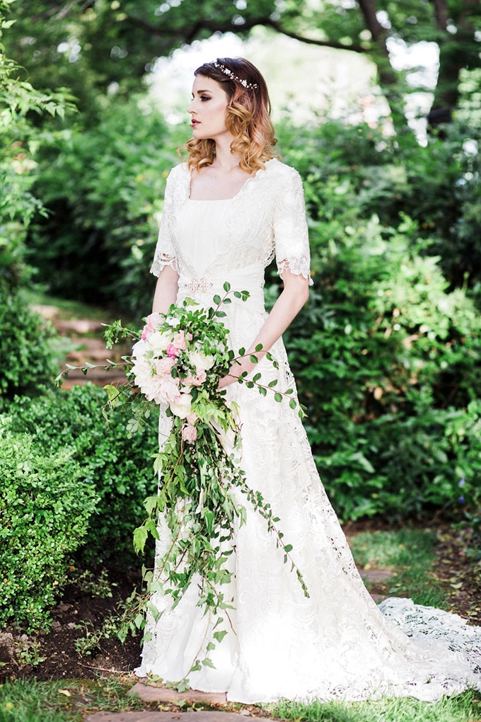 vintage springtime wedding inspiration | Todd Collins Photography | Glamour & Grace-02