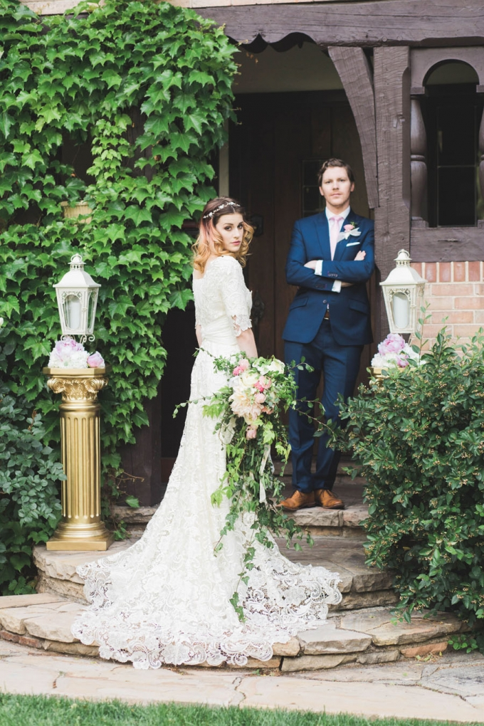 vintage springtime wedding inspiration | Todd Collins Photography | Glamour & Grace-07