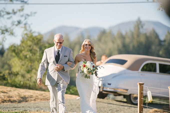 romantic Napa Valley estate wedding | Jordan Weiland Photography | Glamour & Grace-13