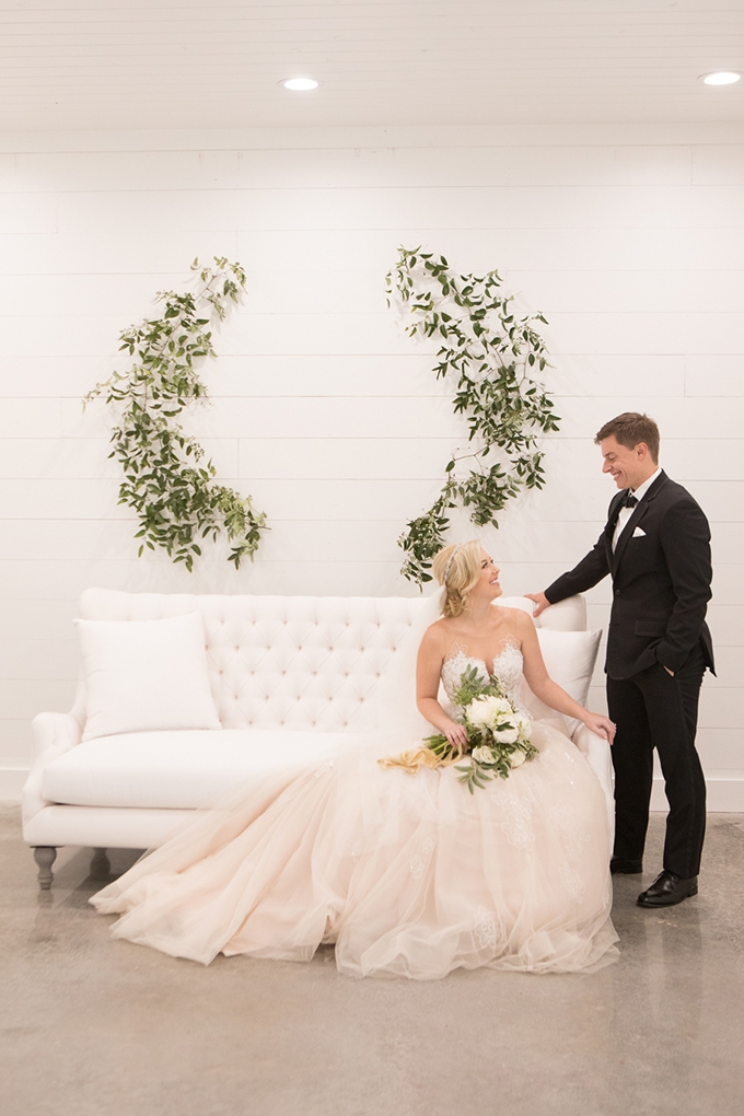 timeless farmhouse wedding inspiration | JW Baugh Photography | Glamour & Grace-19