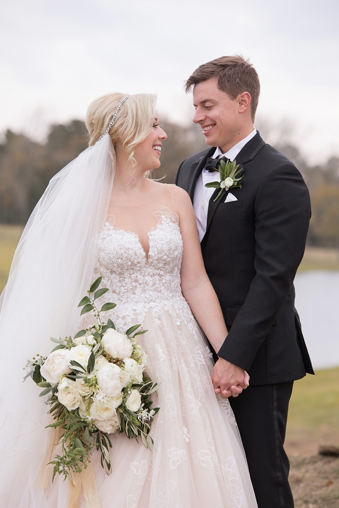 timeless farmhouse wedding inspiration | JW Baugh Photography | Glamour & Grace-22
