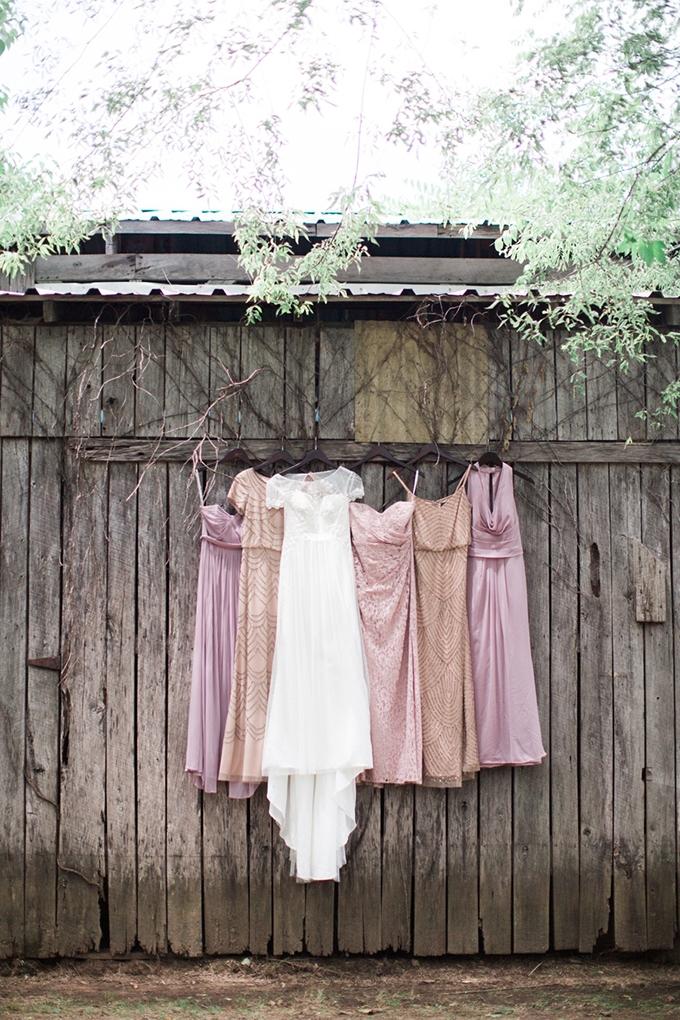 vintage barn wedding | Lindsay Campbell Photography | Glamour & Grace-01