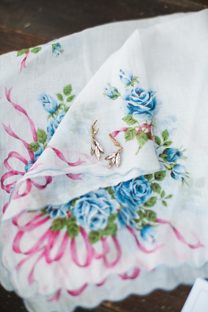 vintage barn wedding | Lindsay Campbell Photography | Glamour & Grace-02