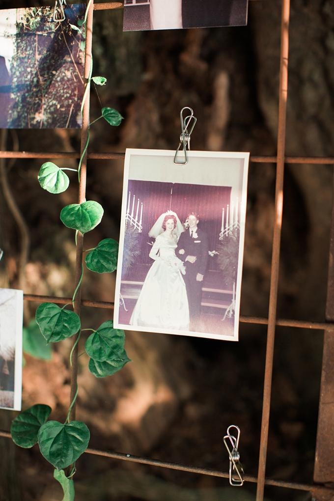 vintage barn wedding | Lindsay Campbell Photography | Glamour & Grace-25