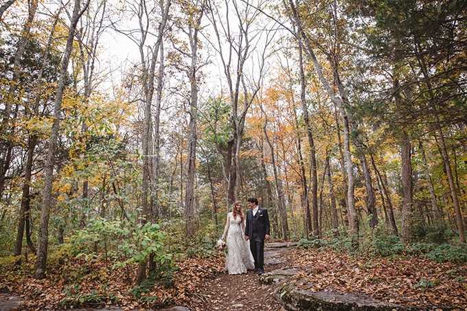 vintage fall barn wedding | Parker Young | Glamour & Grace-15