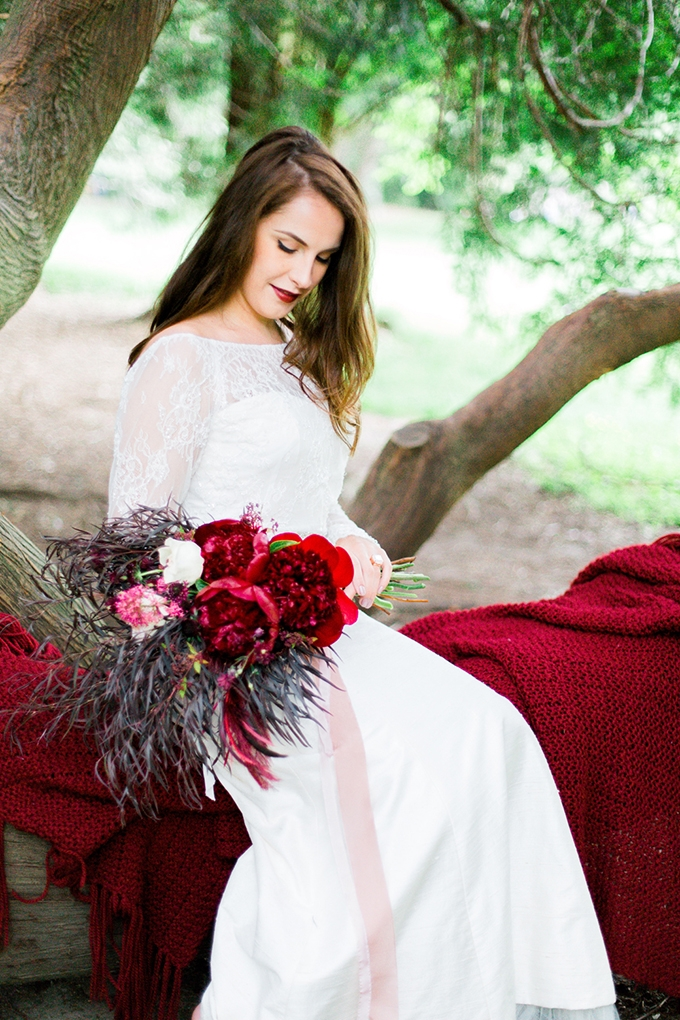 red heirloom wedding inspiration | Aura May Photography | Glamour & Grace-01