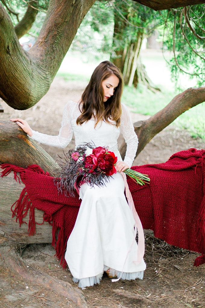 red heirloom wedding inspiration | Aura May Photography | Glamour & Grace-14