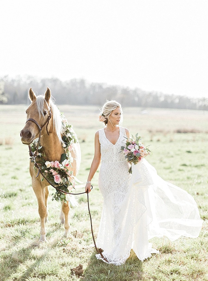 elegant Southern wedding inspiration | Tammy Odell Photography | Glamour & Grace-22