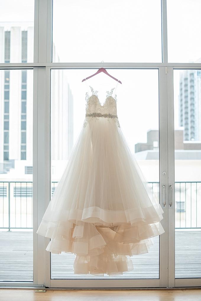 elegant blue and white wedding inspiration   Mikkel Paige Photography   Glamour & Grace-02
