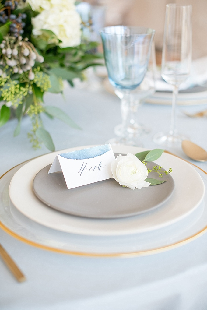 elegant blue and white wedding inspiration | Mikkel Paige Photography | Glamour & Grace-19