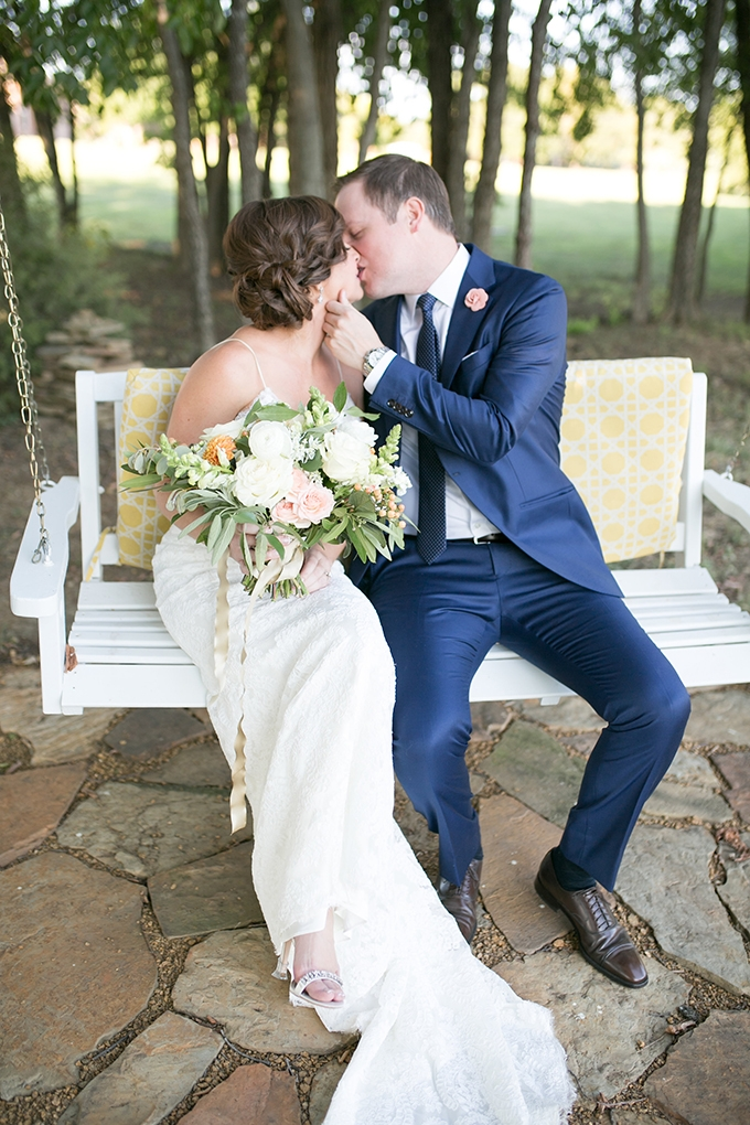 intimate romantic backyard wedding | Jessica Lynn Tucker Photography | Glamour & Grace