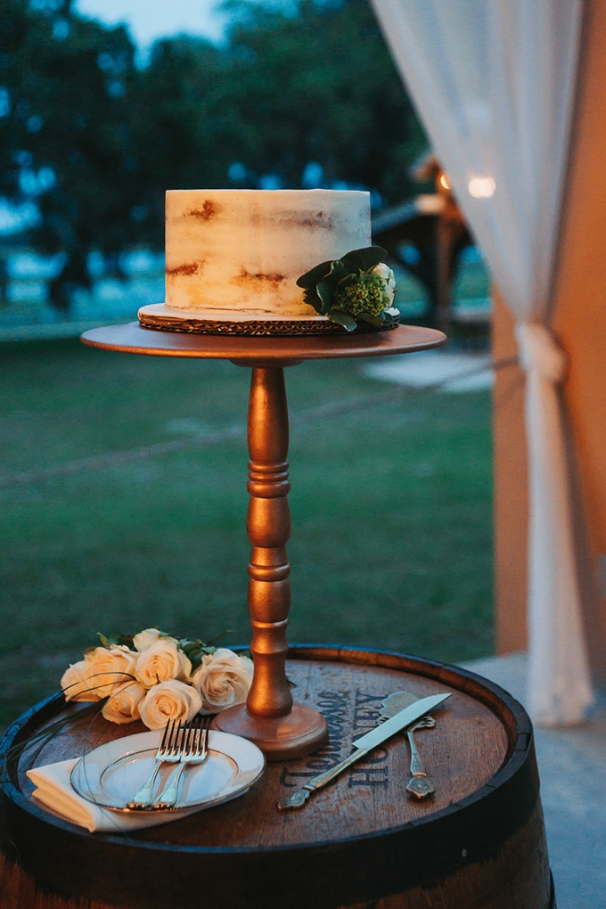 greenery filled ranch wedding | Grind and Press Photography | Glamour & Grace