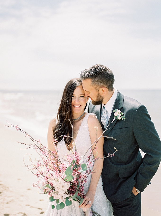 romantic coastal wedding inspiration | Shanell Photography | Glamour & Grace