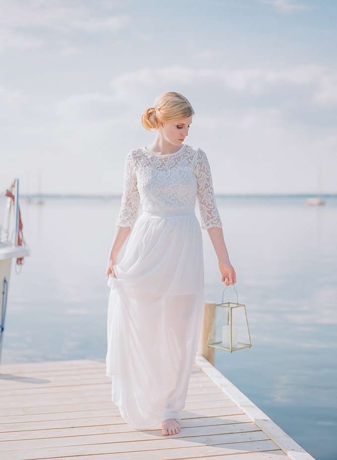 romantic seaside bridal portraits | Diana Frohmuller Photography | Glamour & Grace