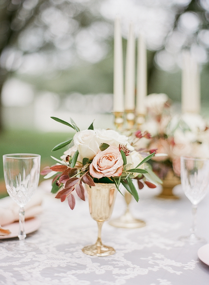romantic vintage wedding inspiration | The Ganeys | Glamour & Grace