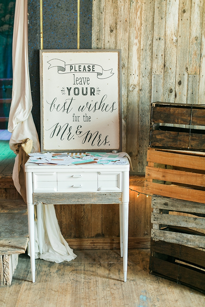 summer Texas wedding | Laura Ridge Photography | Glamour & Grace