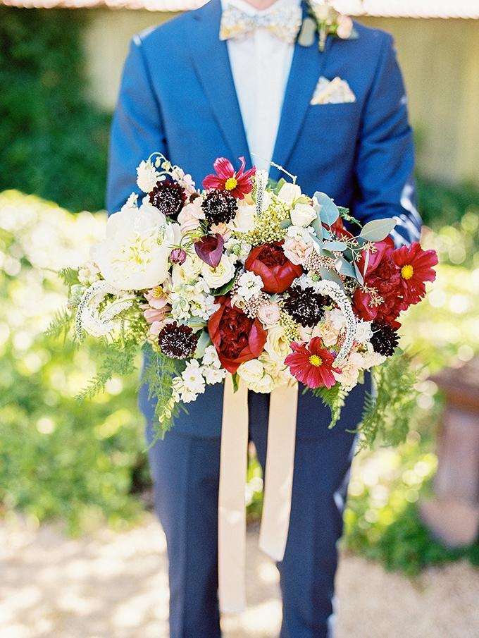 romantic #peony bouquet | Sarah Maren Photography | Glamour & Grace