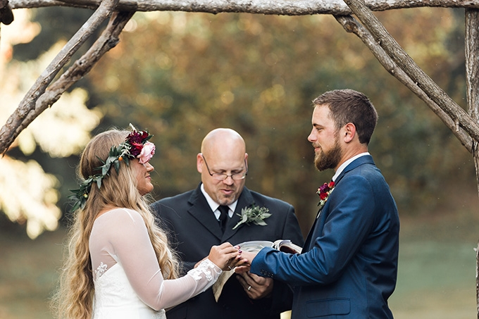 rustic fall wedding | T&K Photography | Glamour & Grace