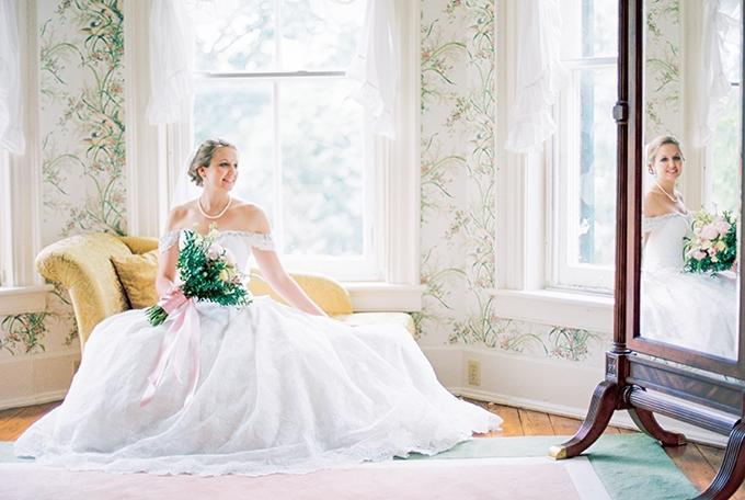 charming garden wedding   Catherine Ann Photography   Glamour & Grace