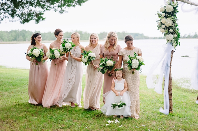 coastal greenery wedding | Nicole Barr Photography | Glamour & Grace