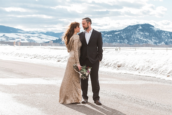 glam mountain engagement session | Andrea Rodway Photography | Glamour & Grace