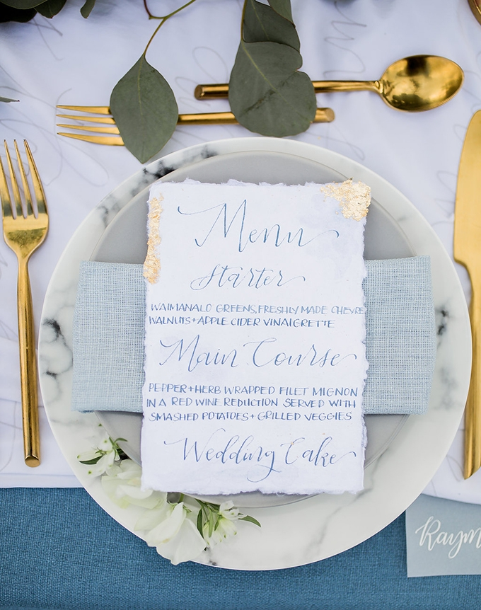 romantic blue Hawaiian wedding inspiration | Vanessa Hicks Photography | Glamour & Grace