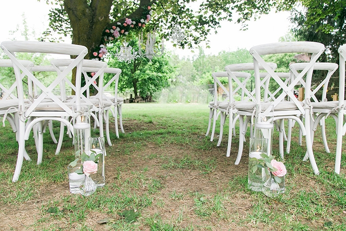 vintage garden wedding ideas   Blue Orchid Creations Photography   Glamour & Grace