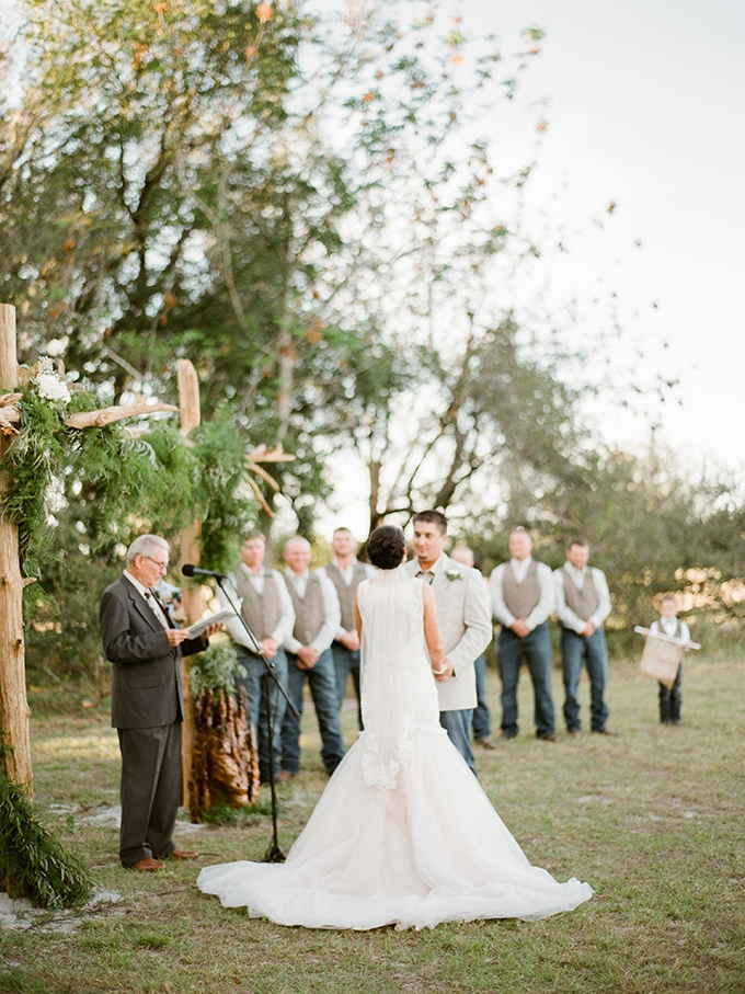 Florida ranch wedding | Caroline Maxcy Photography | Glamour & Grace