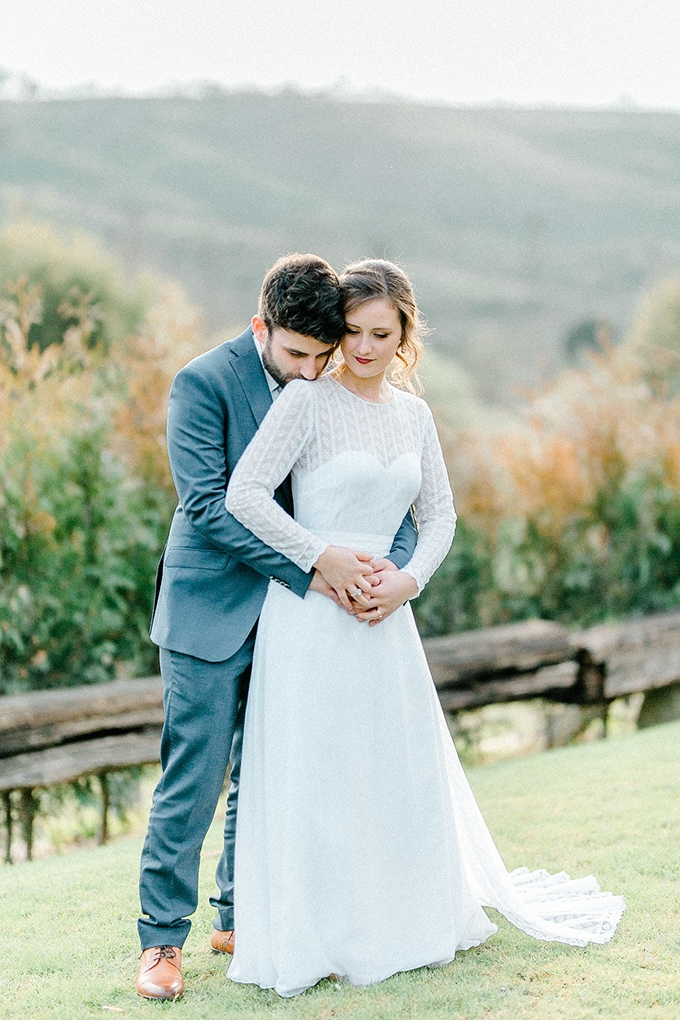 organic Portugal mountainside wedding | 135milimetros | Glamour & Grace