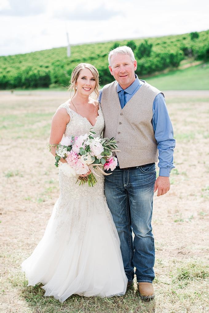 rustic farm wedding | Misty C Photography | Glamour & Grace