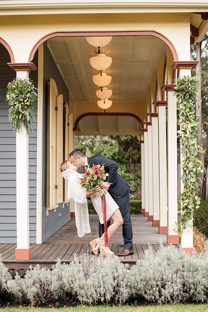 colorful cottage elopement | Holly D Photography | Glamour & Grace
