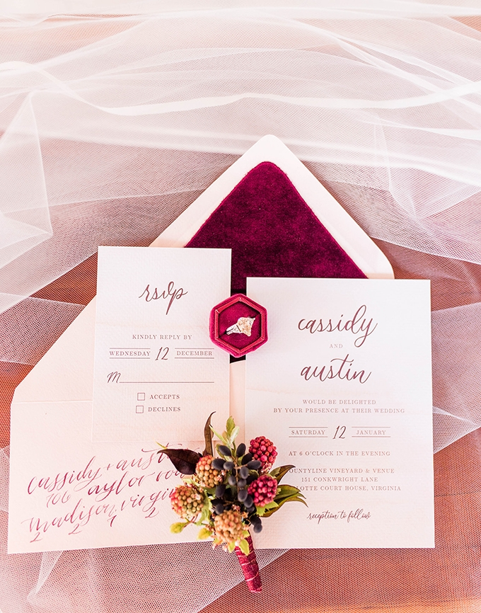 rustic red winter wedding ideas | Hannah Louise Photography | Glamour & Grace