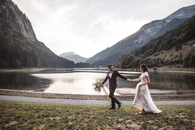 boho French Alps elopement | Katja & Simon Photography | Glamour & Grace