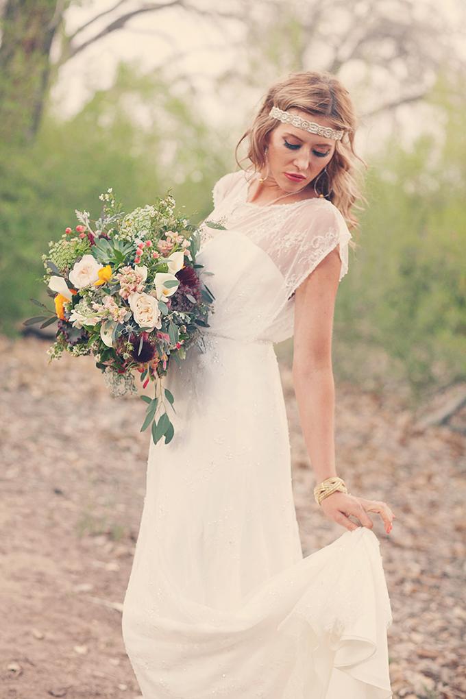 bride and bridesmaid photo ideas - Fridays Southwestern Boho Bride