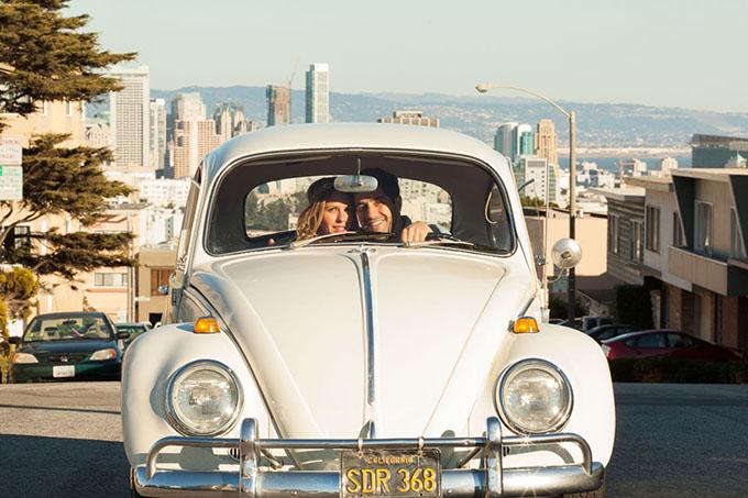 Preferred Vintage VW Bug Engagement Session | Glamour & Grace QF16